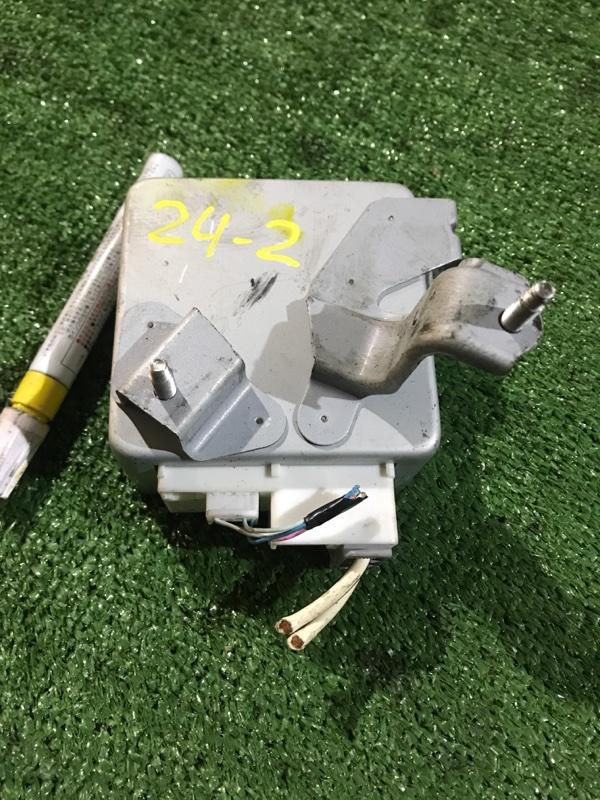 Блок управления рулевой рейкой Toyota Vitz SCP90 2SZ-FE