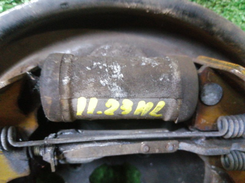 Рабочий тормозной цилиндр Renault Kangoo K4M задний левый
