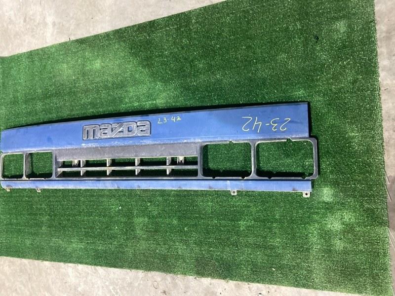 Решетка радиатора Mazda Titan WG5AT XA
