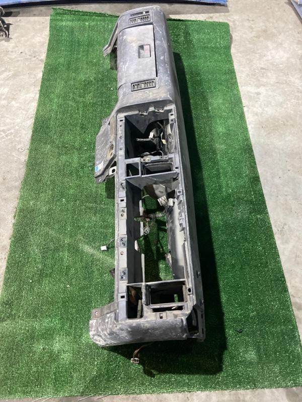 Панель передняя в салон Mazda Titan WG5AT XA
