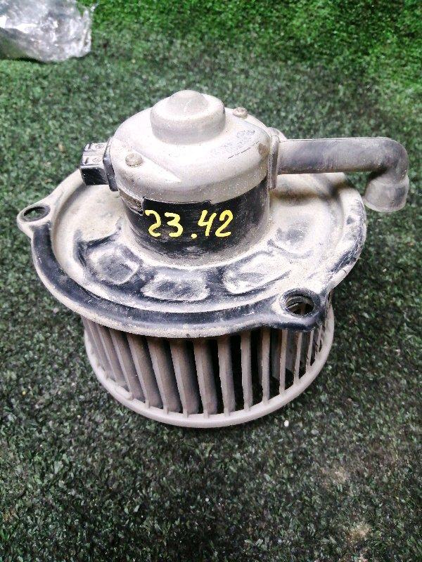 Вентилятор печки Mazda Titan WG5AT XA