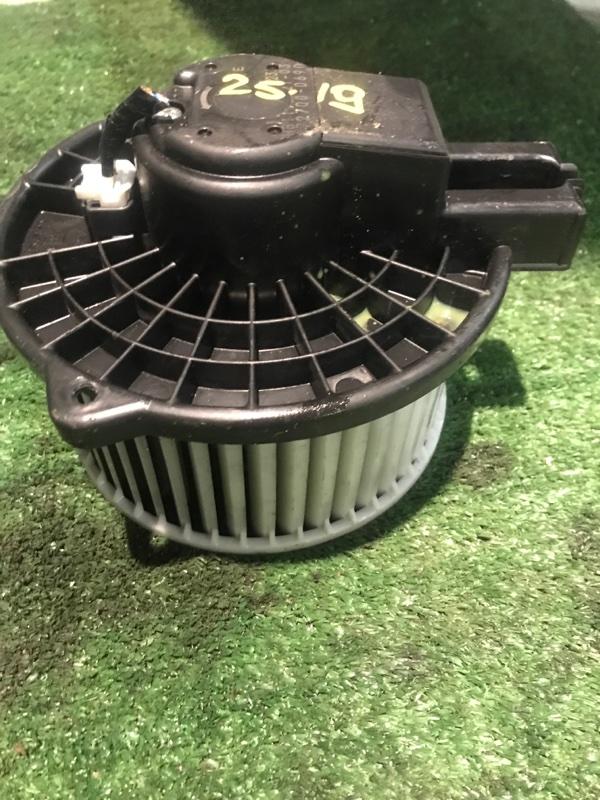 Вентилятор печки Mazda Atenza GHEFW LF-VE