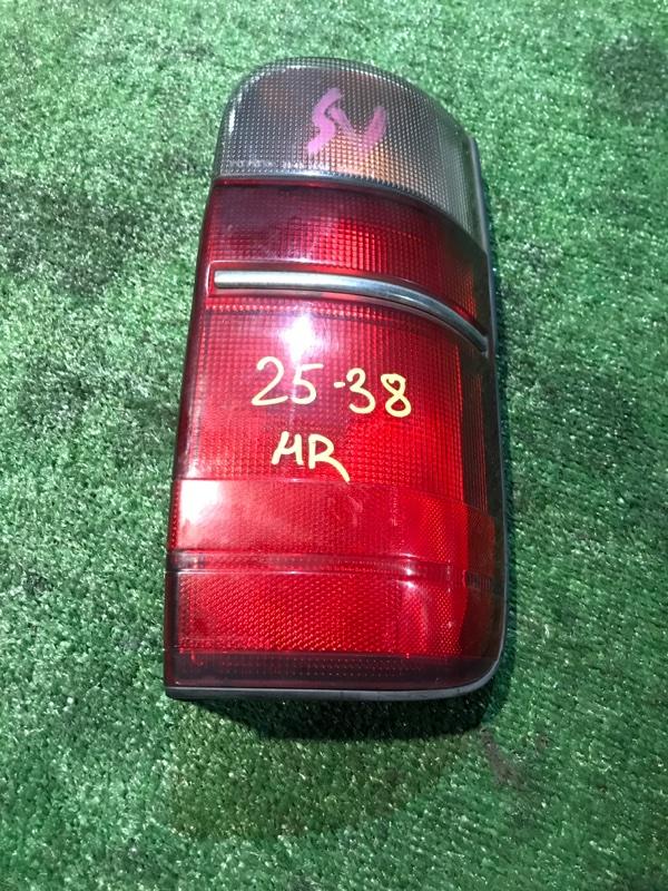 Фонарь стоп-сигнала Toyota Hiace KZH106W 1KZ-TE правый