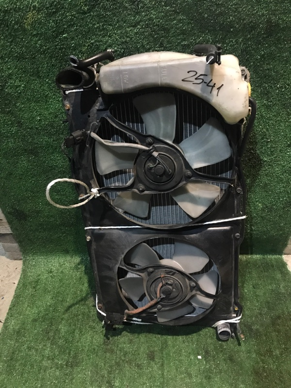 Радиатор двигателя Subaru Legacy BG5 EJ20 1994