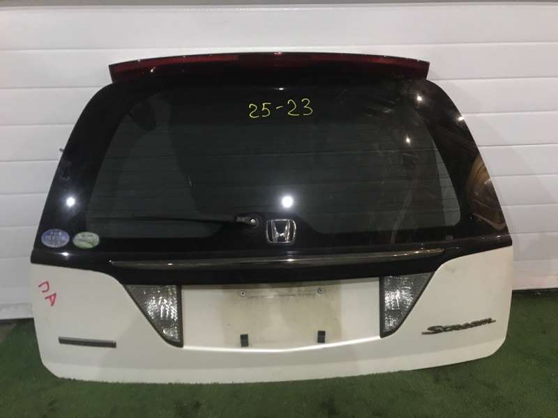 Дверь задняя багажника Honda Stream RN1 D17A