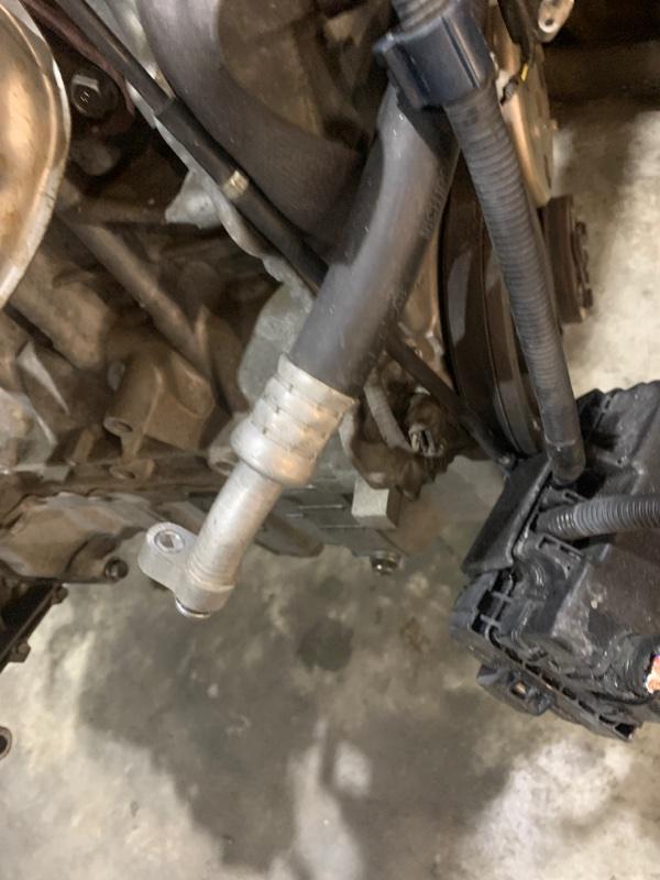Шланг кондиционера Honda Mobilio GB1 L15A