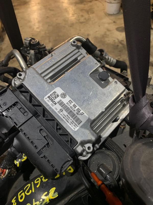 Блок управления двс Volkswagen Golf BLF 2006