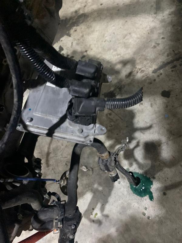 Блок управления двс Honda Civic FD3 MF5