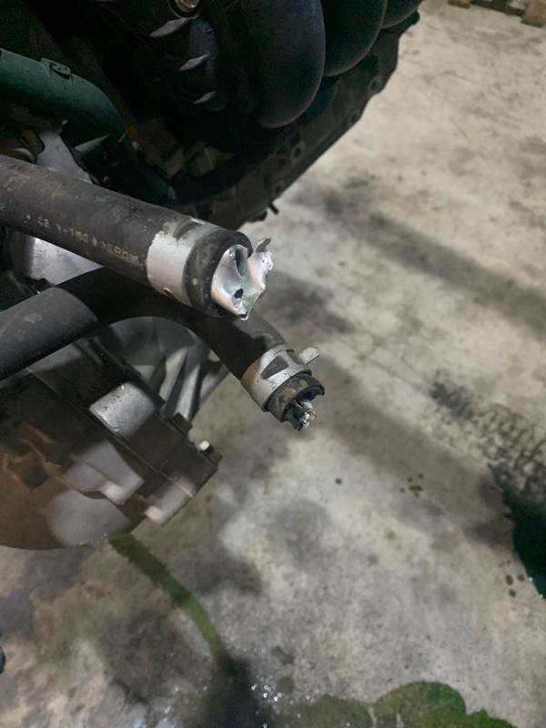 Патрубок Honda Stream RN8 R20A
