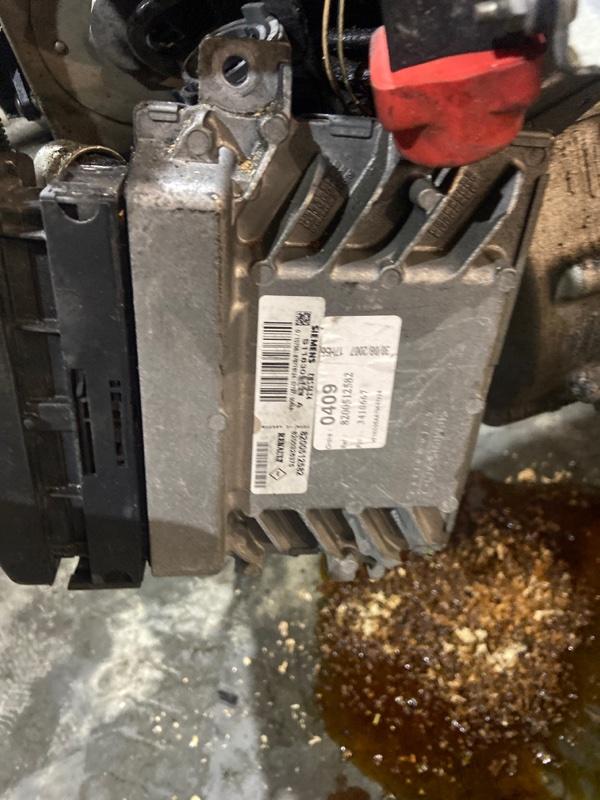 Блок управления двс Renault Kangoo K4M