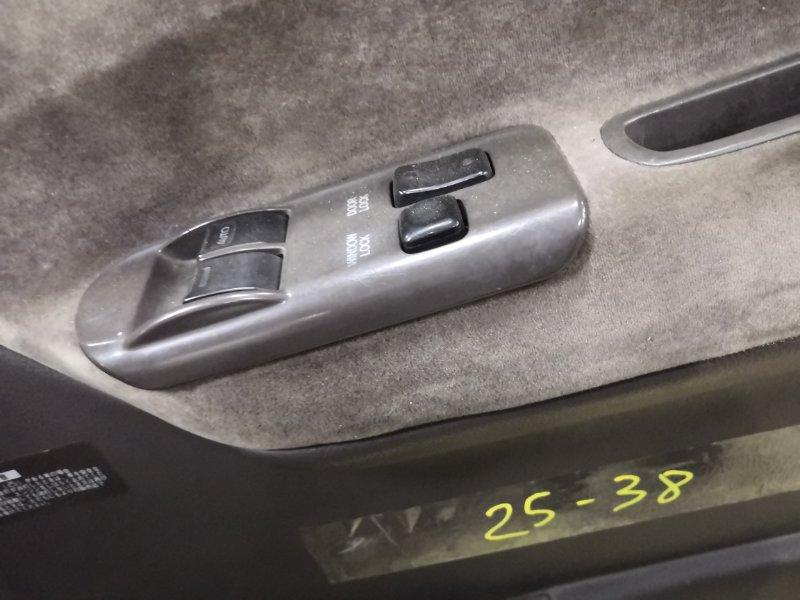 Блок управления стеклоподъемниками Toyota Hiace KZH106W 1KZ-TE