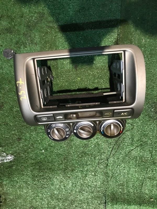 Блок управления климат-контролем Honda Fit Aria GD8 L15A