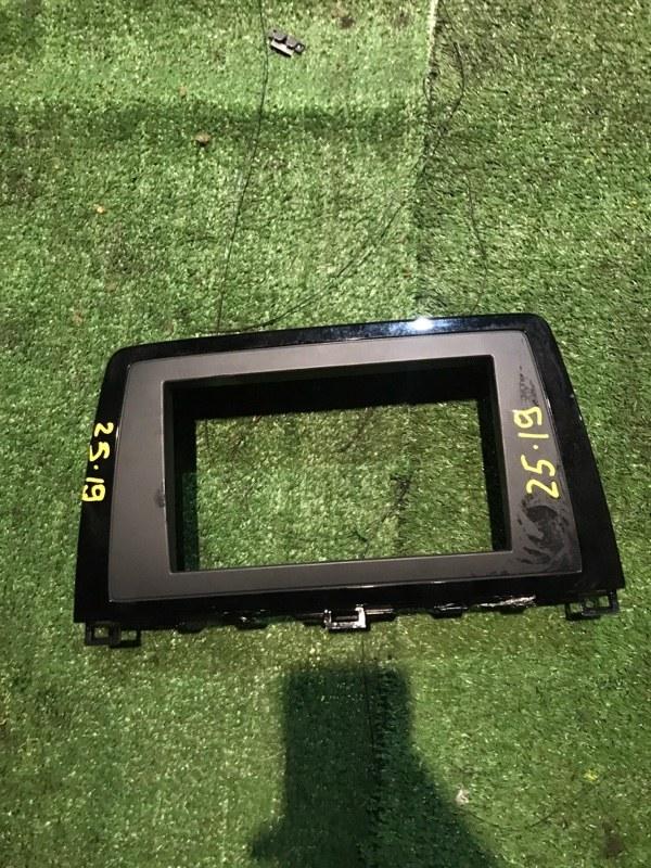 Рамка магнитофона Mazda Atenza GHEFW LF-VE
