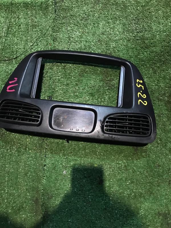 Рамка магнитофона Toyota Townace CR52V 3C-E 1998
