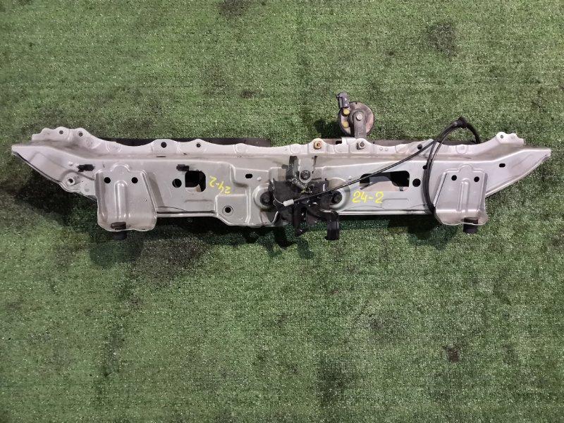 Рамка радиатора Toyota Vitz SCP90 2SZ-FE