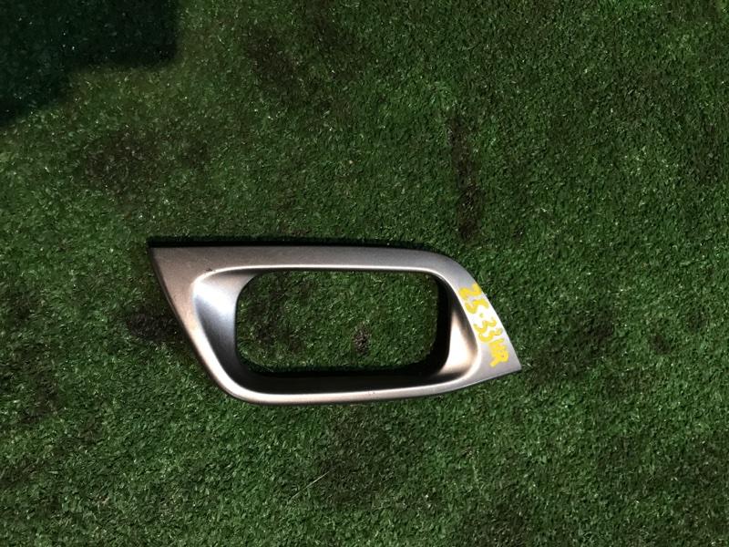 Вставка под ручку двери салона Honda Torneo CF3 F18B задняя правая