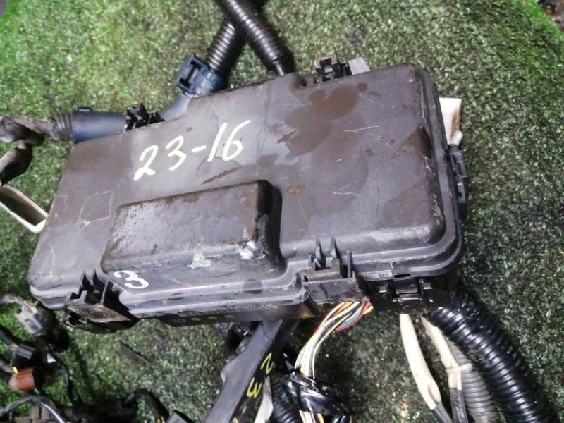 Блок реле и предохранителей Honda Stepwgn RF3 K20A