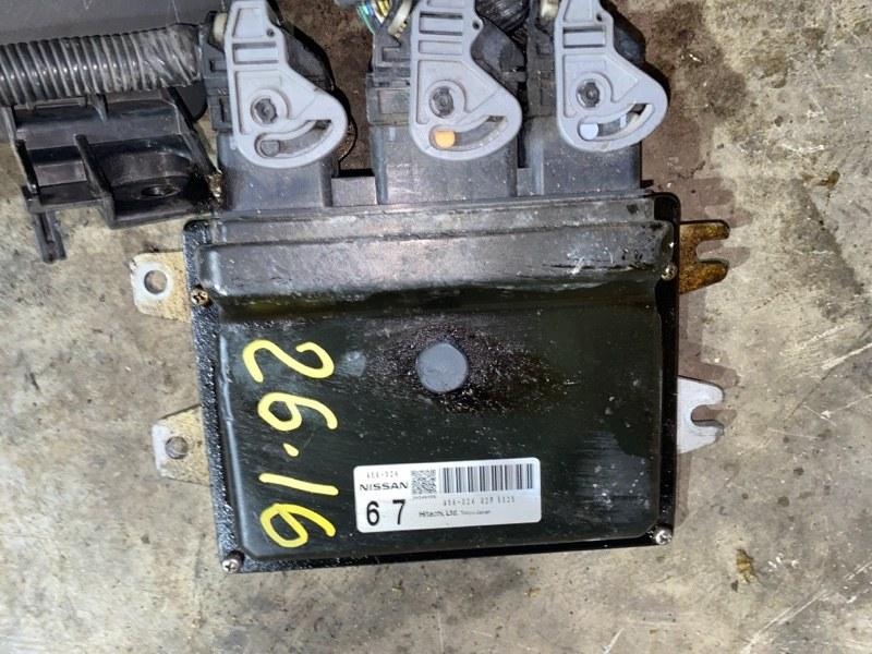 Блок управления двс Nissan Lafesta B30 MR20DE 2005