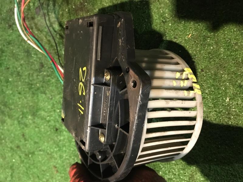 Вентилятор печки Nissan Ad VHNY11 QG18DE 2000