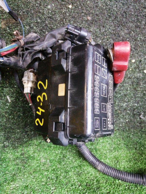 Блок реле и предохранителей Daihatsu Yrv M201G K3-VE