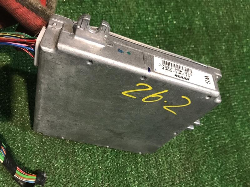Блок управления двс Honda Fit GD1 L13A