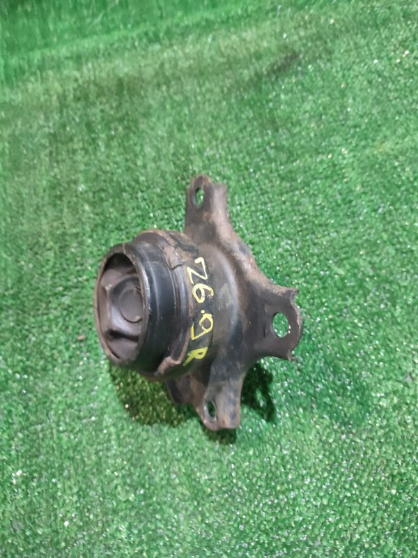 Подушка двигателя Honda Stream RN1 D17A правая