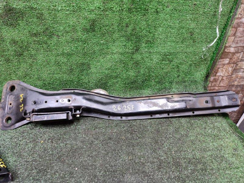 Балка продольная Mitsubishi Grandis NA4W 4G69