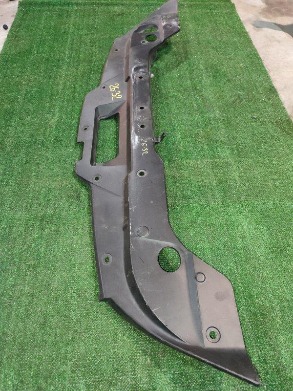 Накладка рамки радиатора Nissan Bluebird Sylphy KG11 MR20DE 2007