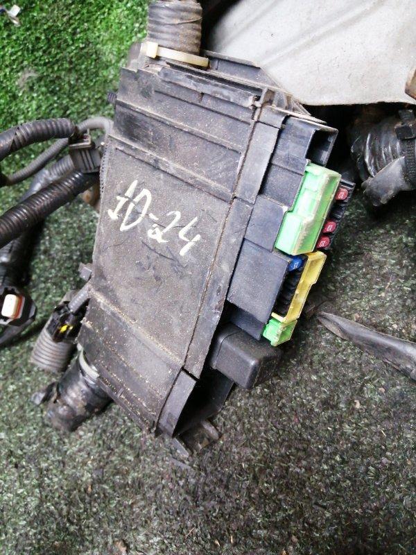 Блок реле и предохранителей Nissan Ad Expert VZNY12 HR16DE