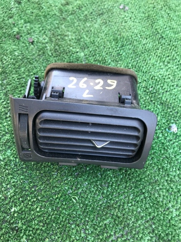 Дефлектор воздушный Toyota Premio NZT240 1NZ-FE левый