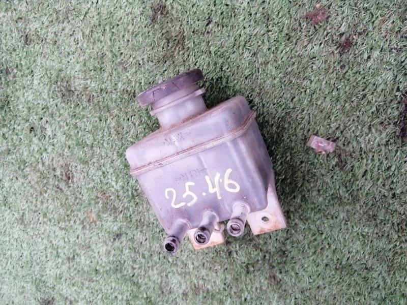 Бачок тормозной Mitsubishi Canter FE305B 4D30 1991