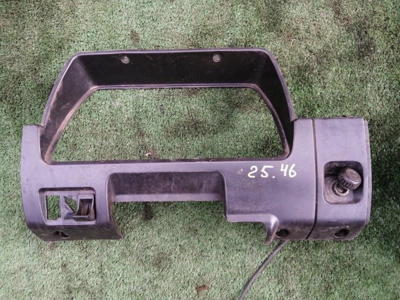 Накладка на щиток приборов Mitsubishi Canter FE305B 4D30 1991