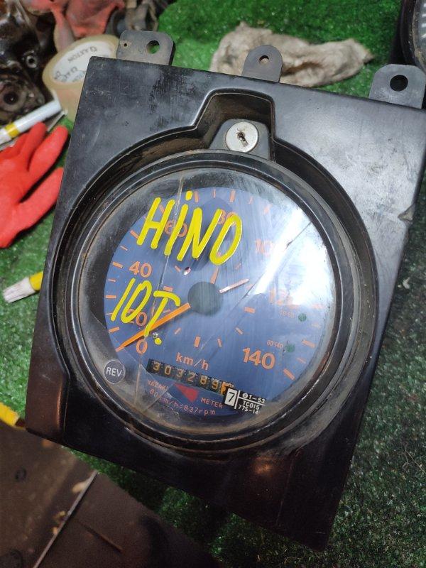 Комбинация приборов Hino