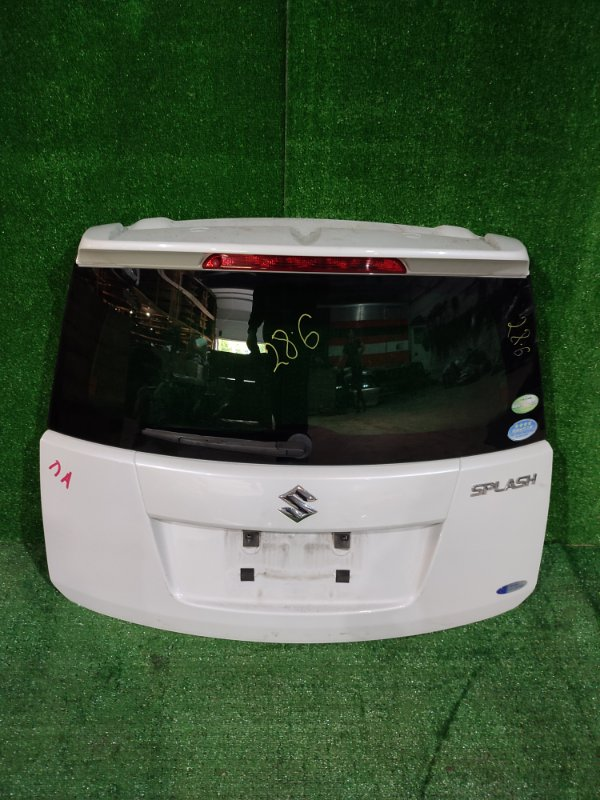 Дверь задняя багажника Suzuki Splash XB32S K12B