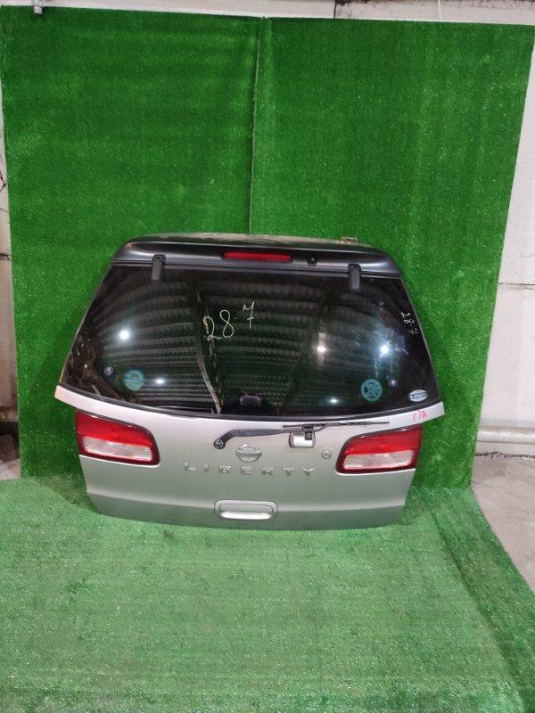 Дверь задняя багажника Nissan Liberty PM12 QR20DE