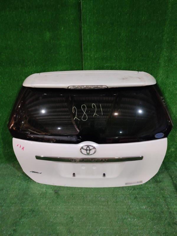 Дверь задняя багажника Toyota Wish ZNE14G 1ZZ-FE