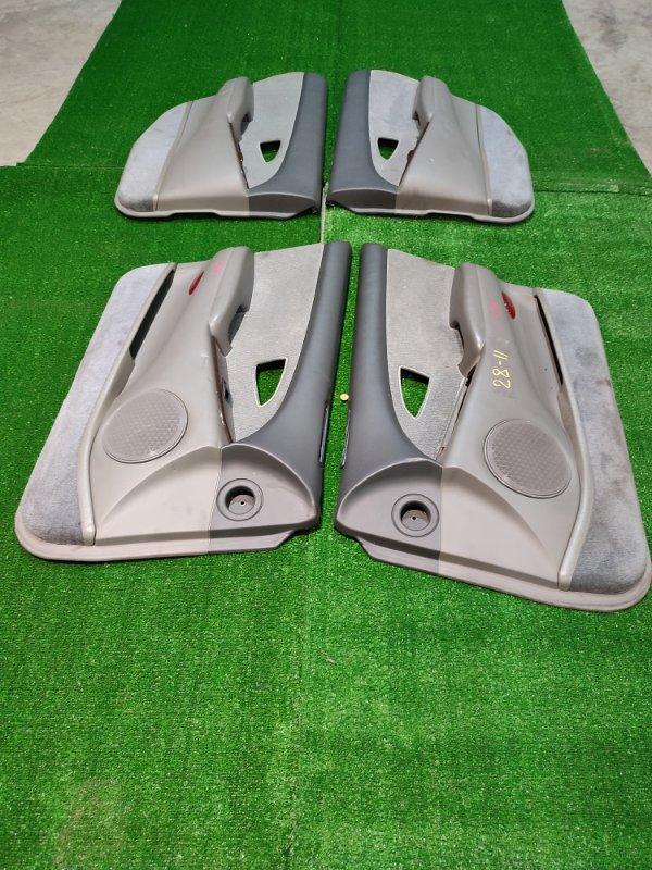 Обшивка двери Mitsubishi Diamante F31A 6G73