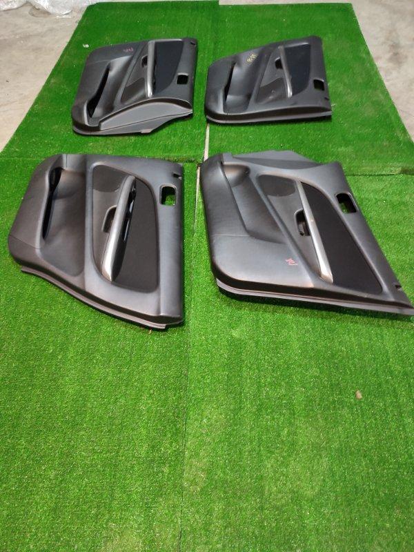Обшивка двери Honda Mobilio GB1 L15A