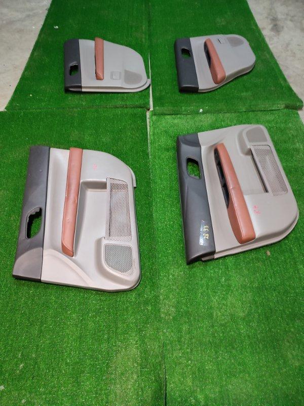 Обшивка двери Subaru Forester SG5 EJ202