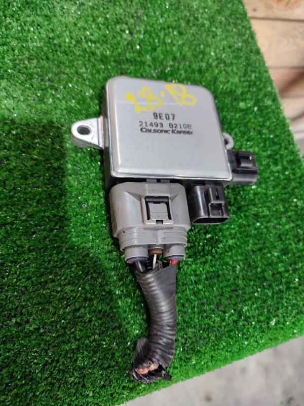 Блок управления вентилятором двигателя Nissan Lafesta B30 MR20DE