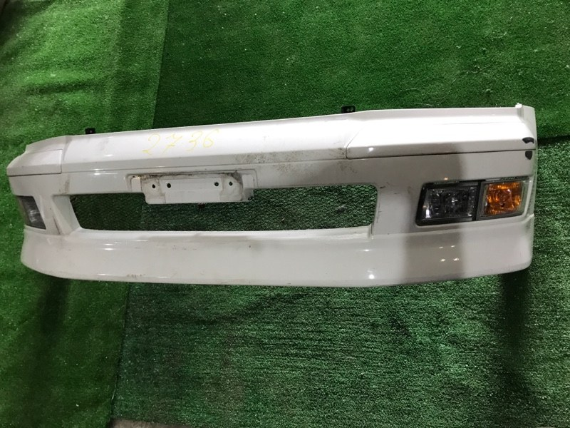 Бампер Mitsubishi Chariot Grandis N94W 4G64 передний