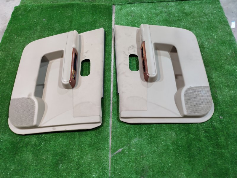 Обшивка двери Nissan Lafesta B30 MR20DE
