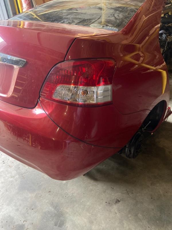 Фонарь стоп-сигнала Toyota Belta KSP92 1KR-FE задний правый