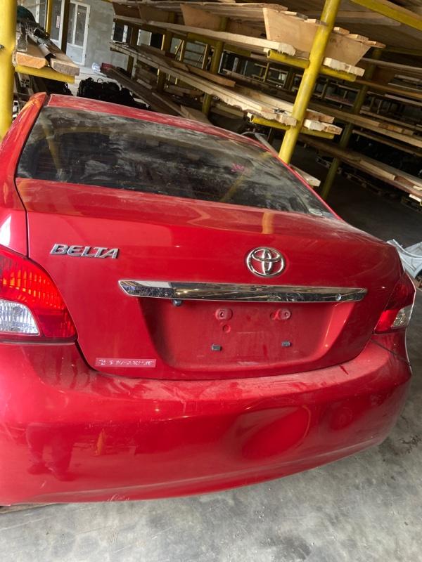Крышка багажника Toyota Belta KSP92 1KR-FE