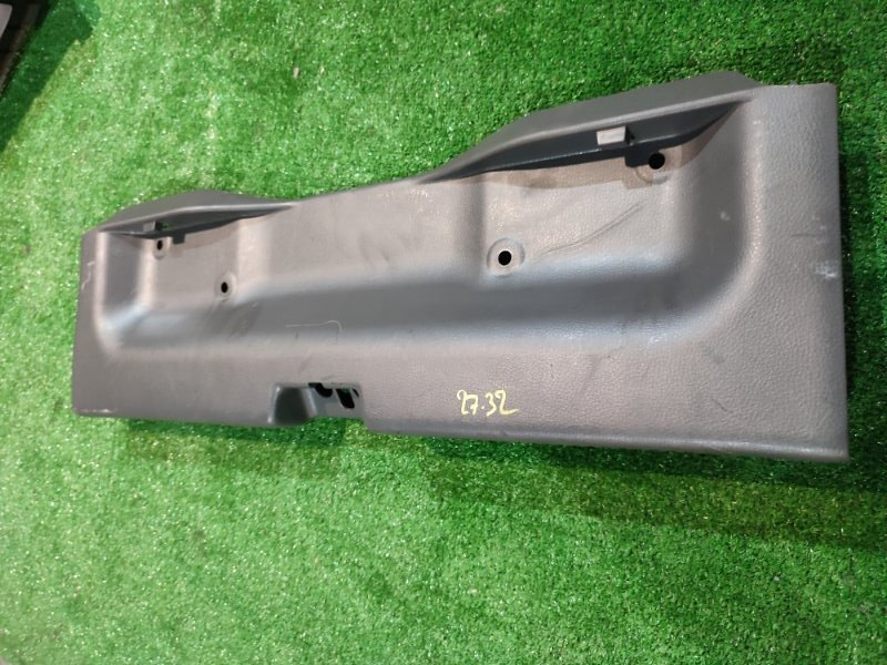 Накладка багажника Mitsubishi Lancer CS6A 4G94