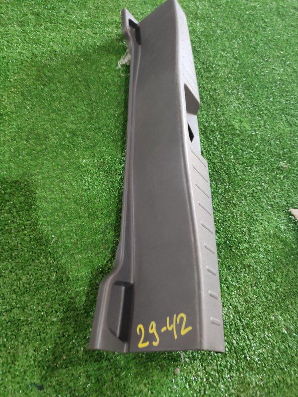 Накладка багажника Toyota Passo KGC10 1KR-FE