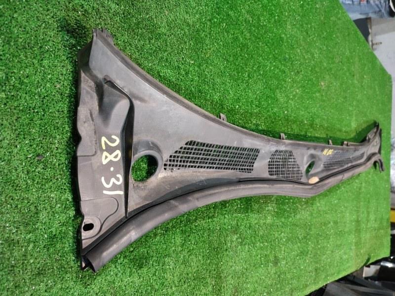 Решетка под лобовое стекло Toyota Vista AZV50 1AZ-FSE