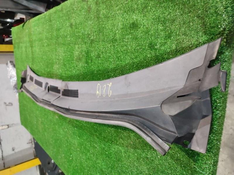 Решетка под лобовое стекло Honda Civic EU3 D17A