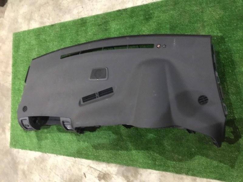 Панель передняя в салон Toyota Wish ZNE14G 1ZZ-FE