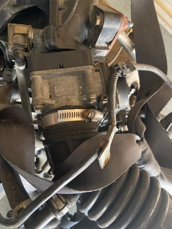 Заслонка дроссельная Nissan Wingroad Y12 HR15